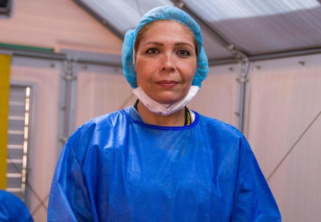 Dr Edna working in Colombia wearing PPE